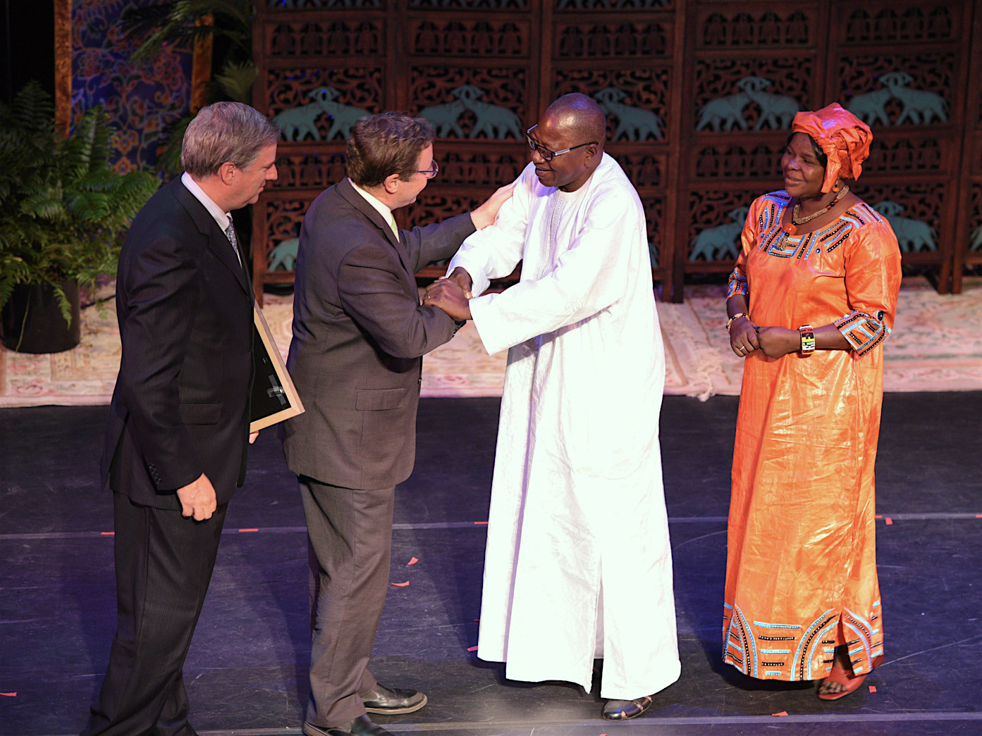 1.Accepting the award for the Mali Elephant Project was project field coordinator Nomba Ganame and Aoua Cherif Doumbia, a colleague representing the government of Mali.  Presenting the award were Cristián Samper, CEO of the Wildlife Conservation Society (left) and Achim Steiner, Administrator of the UN Development Programme.