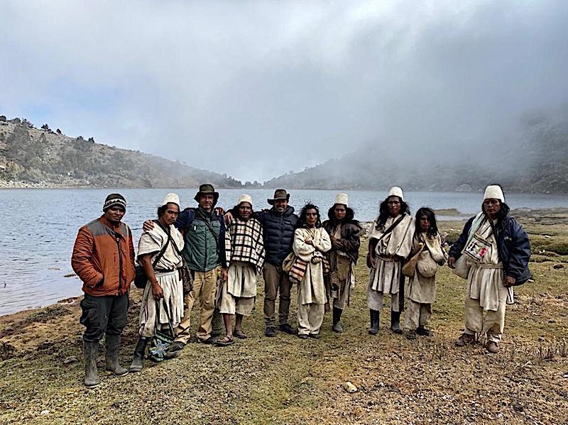 Fundacion atelopus with arhuaco del sogrome indigenous people - credit fundacion atelopus