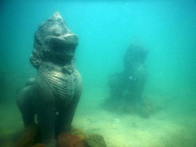 under-water sculpture park