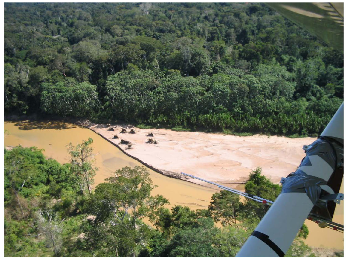 Evidence of uncontacted indigenous people upriver from LACC. photo: ACA